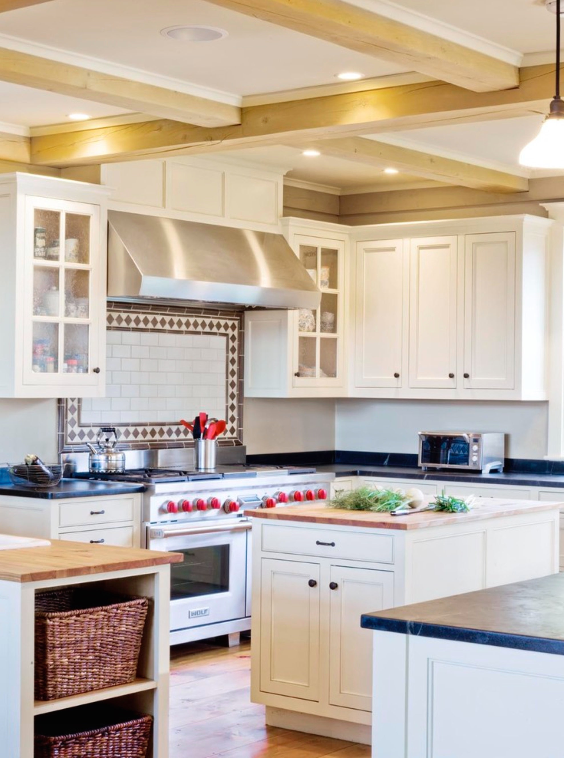 What Are The Different Types Of Range Hoods With Photos