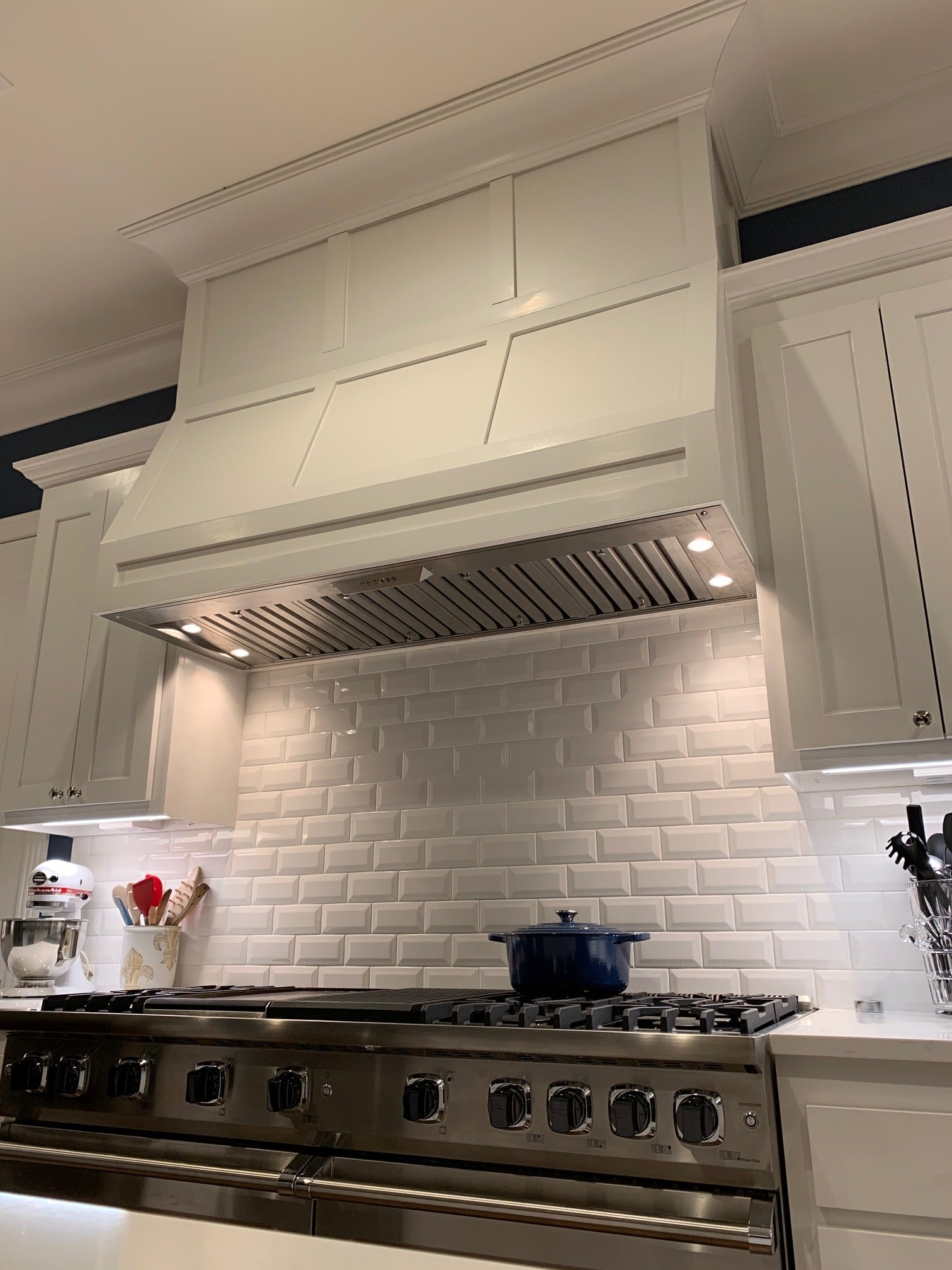 How To Install A Range Hood Insert 4 Simple Steps