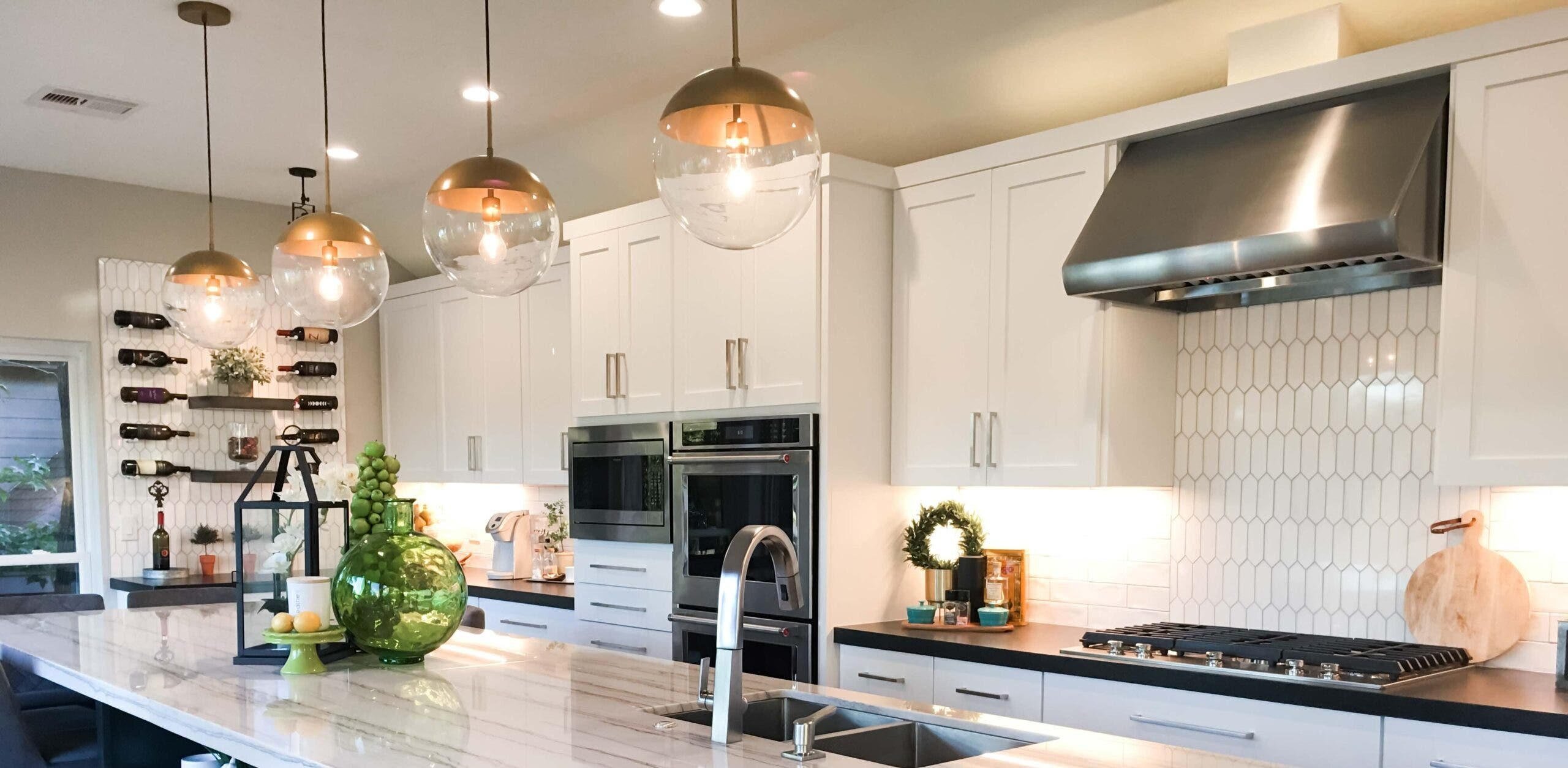 Why You Should Buy A Commercial Range Hood For Your Home