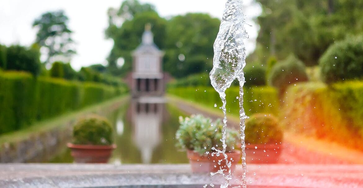 Image of: 24 Beautiful Water Features For Your Home