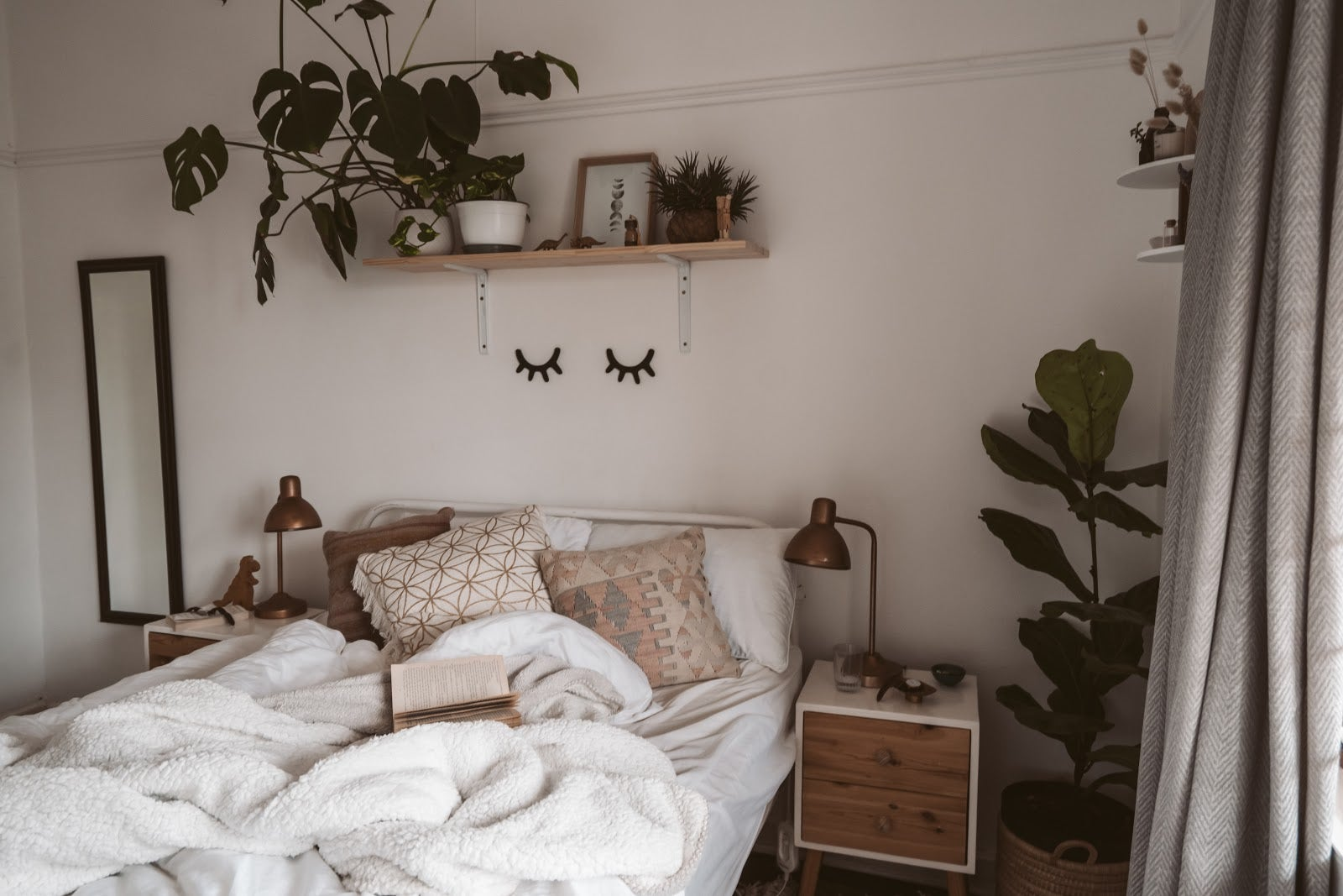 19 Captivating Boho Bedroom Ideas Try Them Today